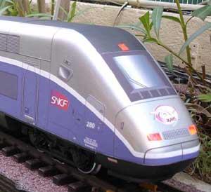 3-Fanaux-rouge-TGVDuplex.jpg